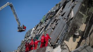 До 108 се увеличиха жертвите от труса в Тайван