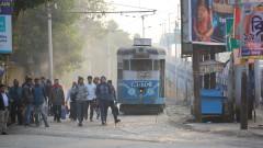 200 млн. души стачкуват за по-високи минимални заплати в Индия