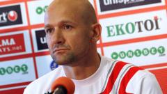 Одобрявате ли треньорската рокада в ЦСКА?
