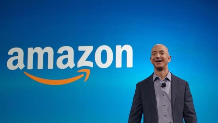 Сенатори питат Безос дали Amazon следи служители и притиска синдикати