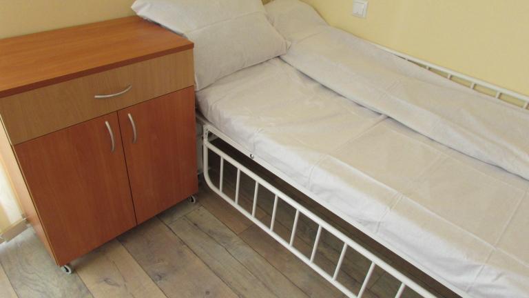 В бургаското спешно преглеждат безплатно пациенти в тежко състояние