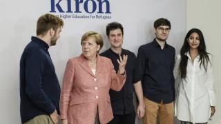 1000 жалби срещу Меркел за държавна измяна