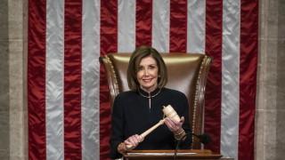 Нанси Пелоси внася обвиненията за импийчмънт на Тръмп в Сената следващата седмица