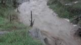 Реката в Мало Бучино преля
