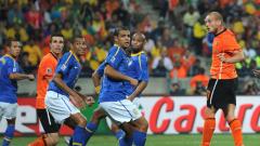 Уругвай и Холандия в спор за място на финала на Мондиала