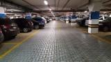 Стотици хора останаха блокирани в паркинга на столичен мол