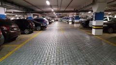 Пребиха 18-годишен в подземен паркинг на мол в Пловдив