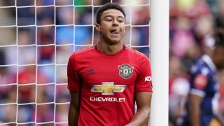Юнайтед иска да се раздели с Перейра и Лингард през лятото