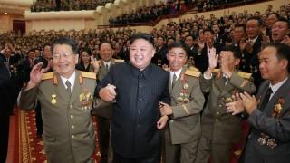 Ким Чен - ун получава гаранции за режима си