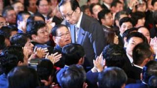 Ясуо Фукуда става министър-председател на Япония