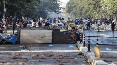Военната хунта в Мианмар окупира болниците и университетите