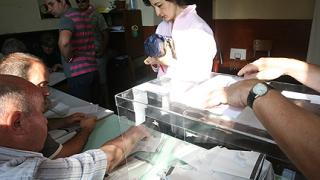 И печатите за изборните комисии са много повече от очакваното