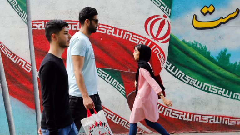 Иран отне акредитацията на кореспондента на