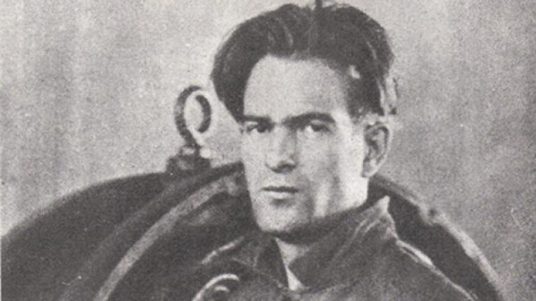 Откриха неизвестни стихотворения и есе на Никола Вапцаров