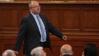 ДПС отказа подкрепа за Захариева