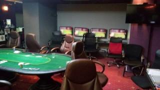 Полицията в Атина разби нелегално казино