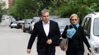 Зад обвинението стои голяма сума пари, убеден Караджов