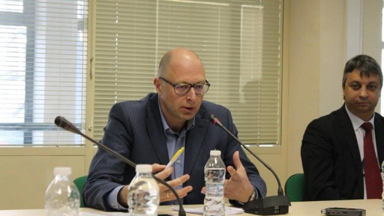 Доверието на българите в НАТО е по-ниско от доверието в