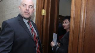 """Готвят още обвинения за """"Белене"""", разпитаха и Теменужка Петкова"""