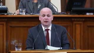 Симов за Станишев: Всеки загубил трябва да запази достойнство
