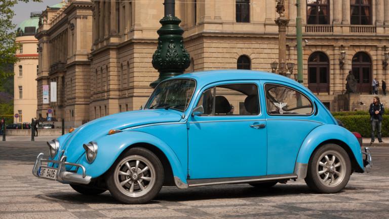 След близо 7 десетилетия и 3 поколения различен дизайн, Volkswagen
