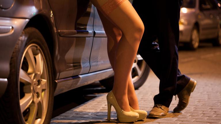 Какво търсят мъжете, според една проститутка