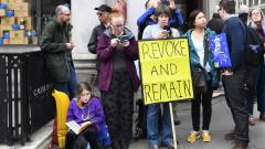 Британският парламент отново гласува варианти за Брекзит