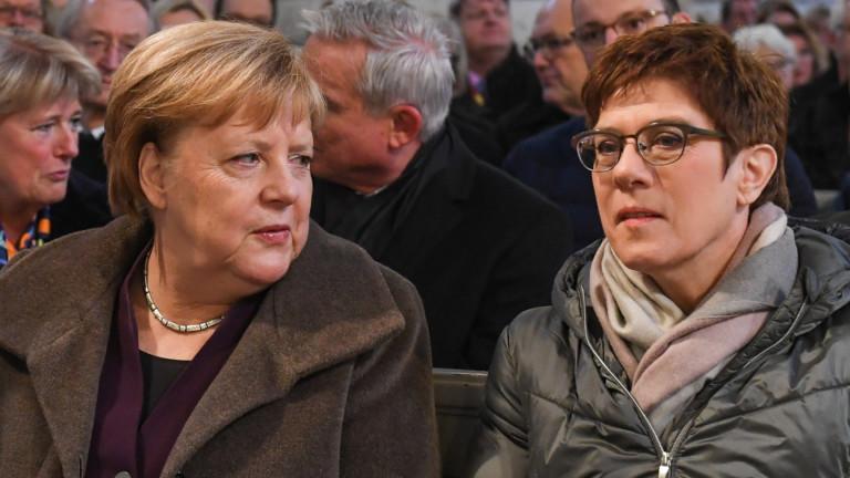 Германия трябва да има добросъседски отношения с Русия, въпреки противоречивите