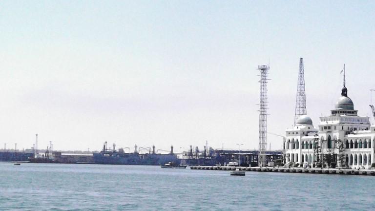 Русия прави промишлена зона на Суецкия канал за $7 милиарда