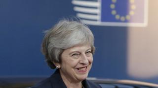Споразумението за Брекзит не е мъртво, отсече Тереза Мей