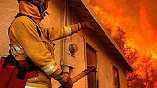 Пожар изпепели склад в с. Ново село