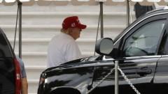 Тръмп удължава забраната за издаване на зелени карти и редица работни визи