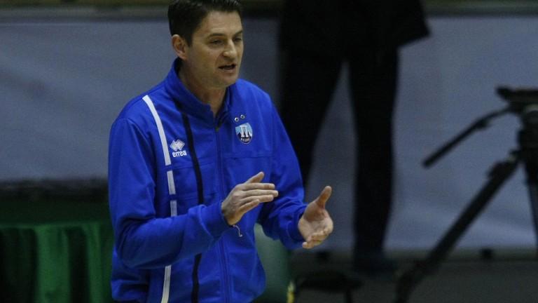 Старши-треньорът на Пирин (Разлог) Северин Димитров отдаде на началния удар