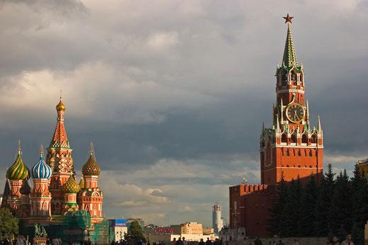 15 кандидатстват за президентския стол в Русия