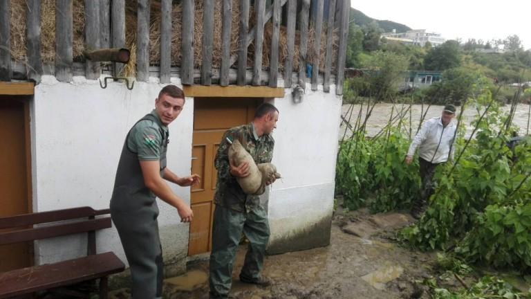 Кандидат-войниците да могат веднага да постъпват в армията, реши МС