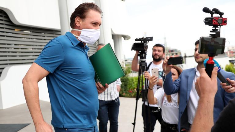 Заради шумотевицата и претенциите на Левски, ПФЛ и БФС събират