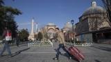 Българските туристи в Турция вече са повече от германските и руските