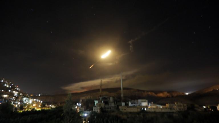 Израел удари три позиции на армията в Сирия