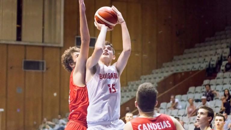 Баскетболистите до 16 г. биха Румъния в контрола