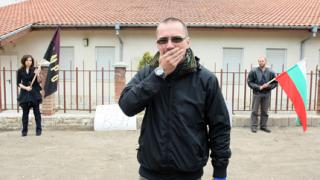 """Много полиция """"опази"""" йеховистите от ВМРО"""