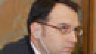 Емил Ангелов: Поне още 2 придобивания на банки от чужди групи чакаме през 2007 г