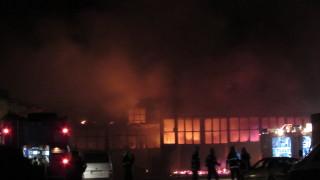 Складове, цех и автосервиз изгоряха в Русе