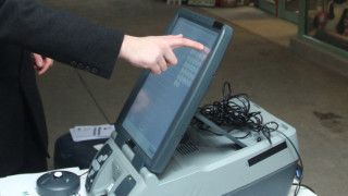 Машинното гласуване крие рискове, предупреди Вени Марковски