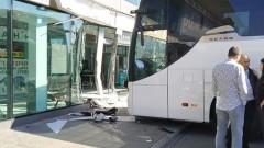 Отново тръгват автобусите към Гърция и Сърбия