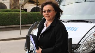 Корнелия Нинова станала свидетел на бранене на статуквото със зъби и нокти