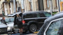 Полицията обискира джип в центъра на столицата