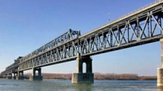 """Изграждат надземната част на """"Дунав мост 2"""""""