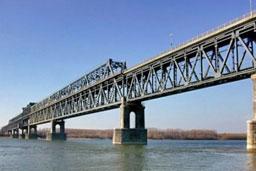 Станишев направи първа копка на Дунав мост 2