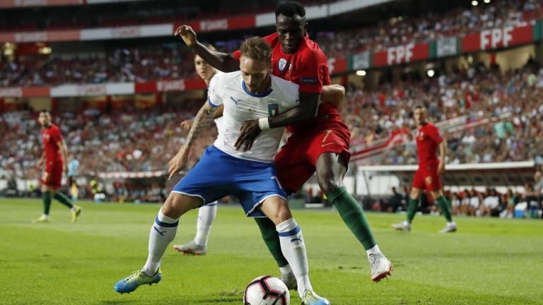 Португалия 1 : 0 Италия 58′ Жълт картон за Киеза.