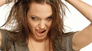 IMDB: Рожден ден - 4 юни (Анджелина Джоли)